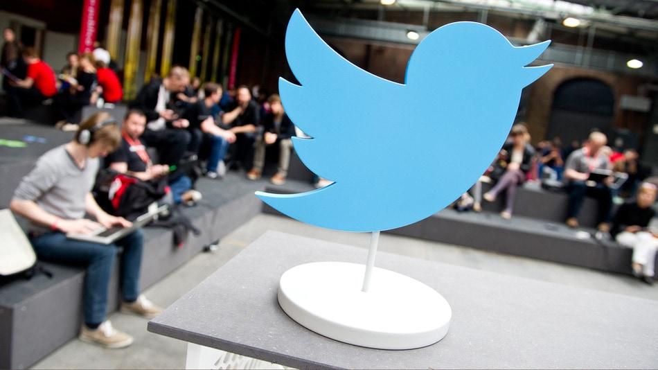 Google to Display Tweets on Desktop Google SERPs